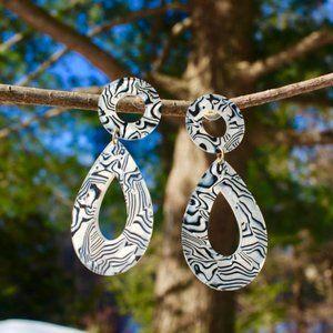 New White Acetate teardrop drop dangle earrings